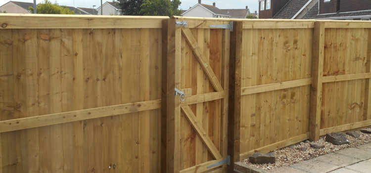 Fences and Fencing in Burnham on Sea